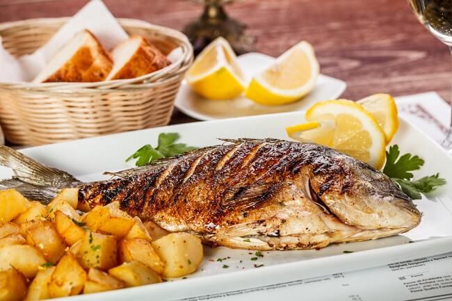 Ibu Hamil, Ini Cara Meminimalkan Risiko Merkuri pada Ikan
