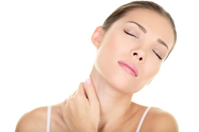benjolan di leher bisa jadi tanda penyakit serius - alodokter