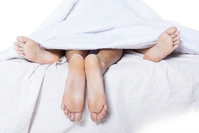 Menikmati Hubungan Seksual Tanpa Rasa Sakit