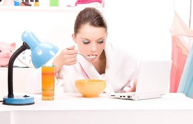 Penyebab Lain Pertambahan Berat Badan - Alodokter