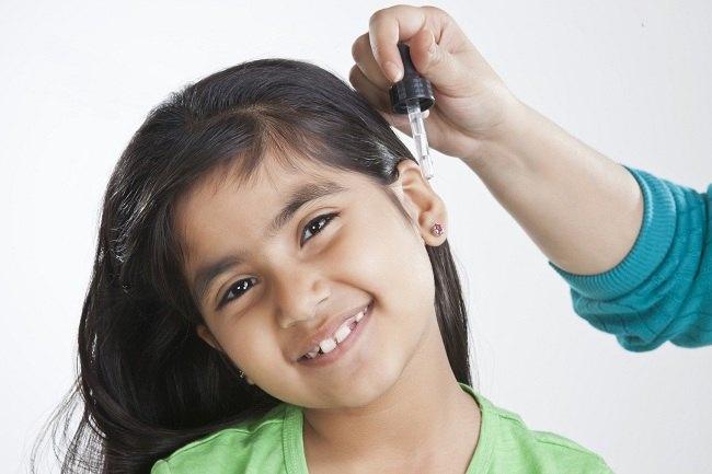 Antisipasi Sebelum Menggunakan Obat Tetes Telinga - Alodokter
