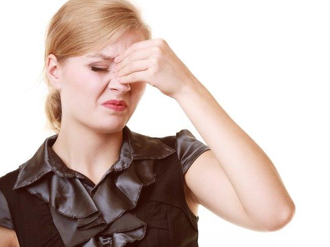 Jangan Samakan Sakit Kepala Sinusitis dan Migrain - Alodokter