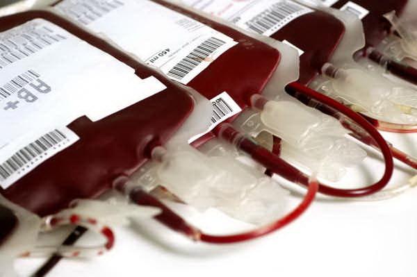 การให้เลือด