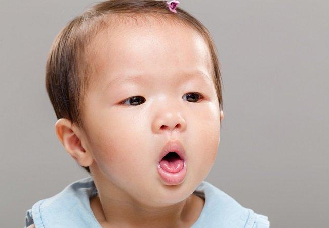 Mengatasi batuk berdahak pada anak secara alami