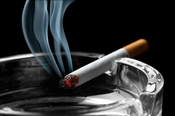1416 ควันบุหรี่ Resized
