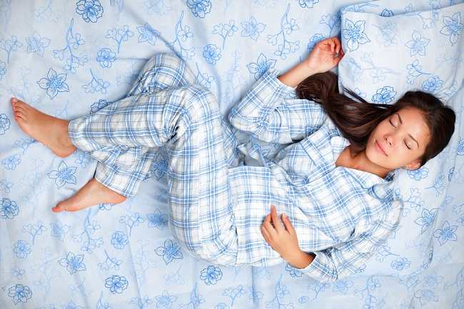 Memilih Posisi Tidur yang Baik untuk Kesehatan - Alodokter