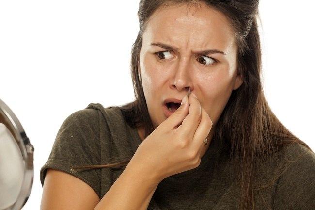 Jangan Asal Cabut, Ini Cara Aman Menghilangkan Bulu Hidung - Alodokter