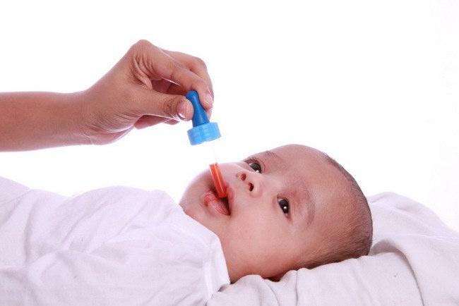 Ketahui Ini Sebelum Memberikan Obat untuk Bayi - Alodokter