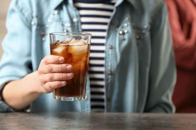 Minuman Bersoda Meneror Kesehatan Kita - Alodokter