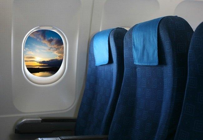 Coba Cara Menghilangkan Rasa Takut Naik Pesawat Berikut Ini - Alodokter