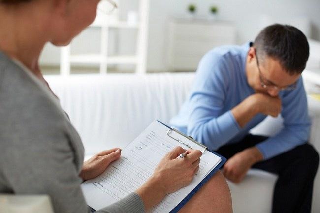 Sering Dikira Sama, Psikiatri Sebenarnya Berbeda dengan Psikologi - Alodokter