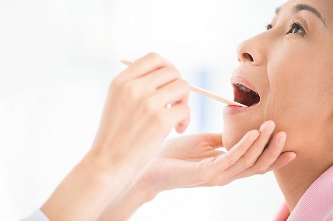 kanker tenggorokan - alodokter