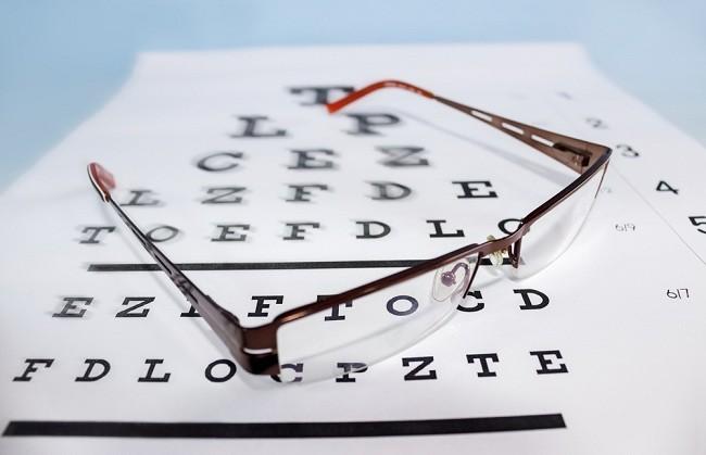 Penting, Terapi Mata Minus Sesuai Anjuran Dokter - Alodokter