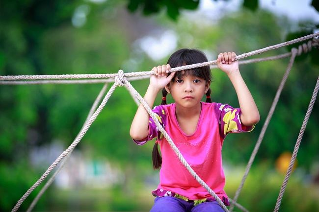 Mengenali Ciri-Ciri Anak Autis Sejak Dini - Alodokter