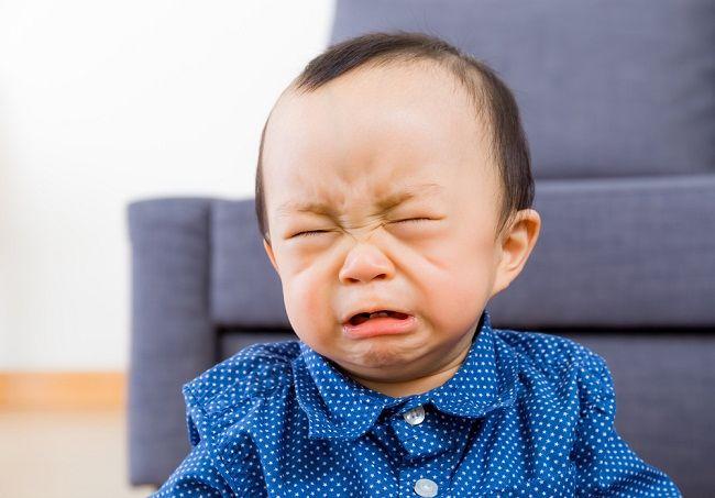 6 Trik Jitu Mengatasi Bayi Menangis yang Mungkin Belum Anda Ketahui - Alodokter