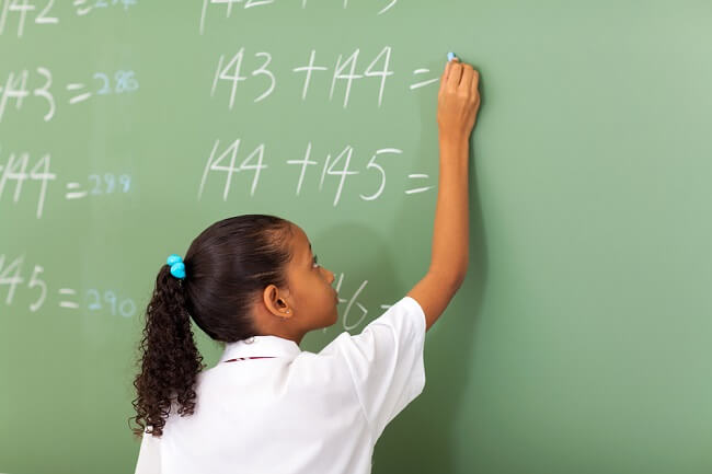 Yuk Bunda, Jadikan Belajar Matematika Menyenangkan untuk Si Kecil - Alodokter