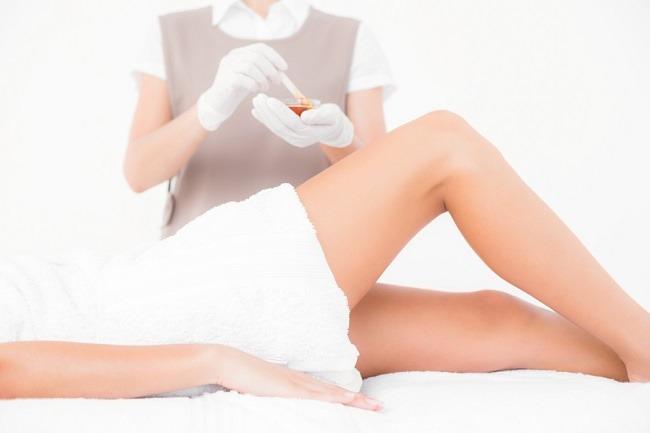 Pro dan Kontra Seputar Perawatan Rambut Kemaluan Wanita - Alodokter