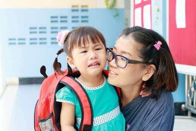Mengenali Gejala Sindrom Asperger pada Anak - Alodokter