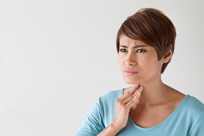 Penyebab Tenggorokan Berlendir dan Cara Meredakannya - Alodokter