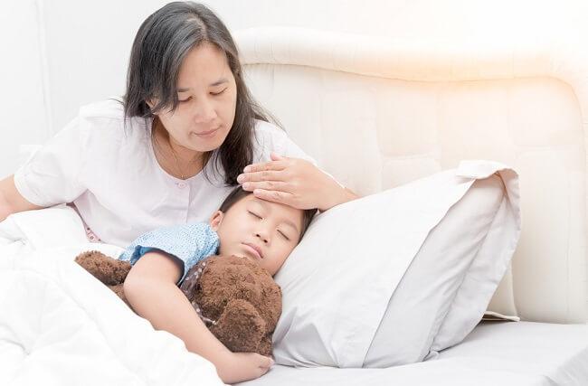 Sedang Merawat Orang Sakit? Jangan Lupa Menjaga Diri Sendiri - Alodokter
