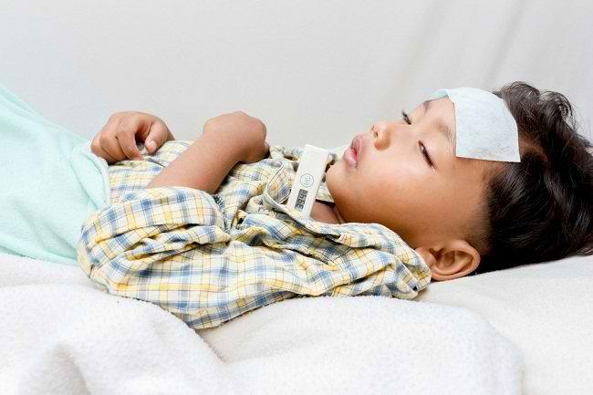 Pahami Gejala Tipes pada Anak dan Cara Menanganinya - Alodokter