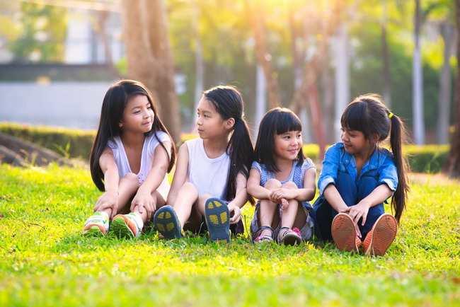 Melatih Anak Punya Empati agar Lebih Sukses dan Bahagia - Alodokter
