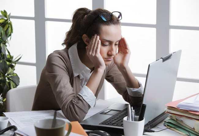 Ini Penyebab Sakit Kepala Saat Haid dan dan Cara Mengatasinya - Alodokter