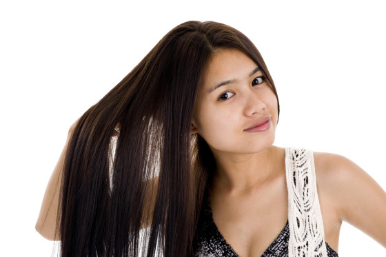 Cara Merawat Rambut Panjang Agar Kian Memukau