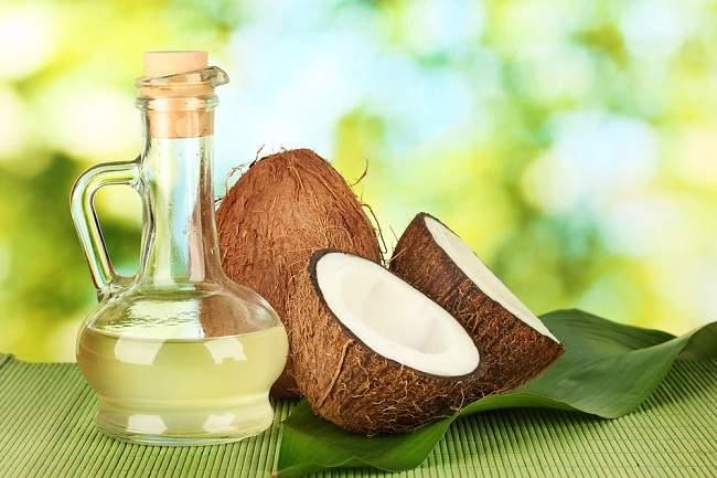 Fakta Minyak Kelapa untuk Rambut dan Diet - Alodokter