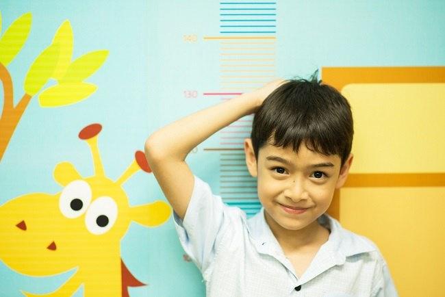 Terapi Hormon Pertumbuhan untuk Menambah Tinggi Badan Anak yang Pendek - Alodokter