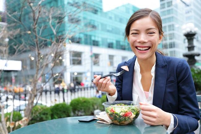 Tips Sehat untuk Diet Rendah Garam - Alodokter