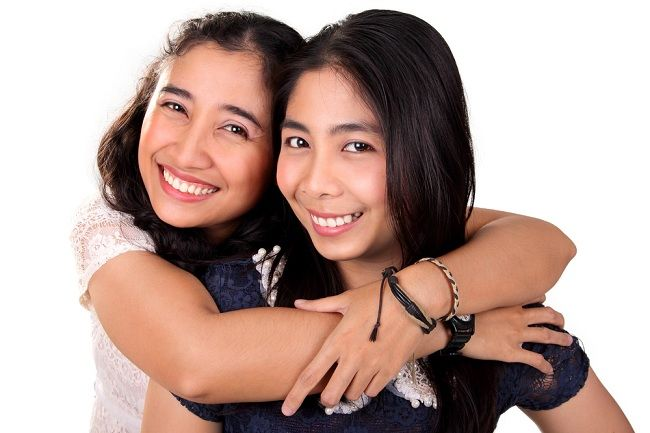 Suka Curhat dengan Sahabat Membuatmu Makin Sehat - Alodokter