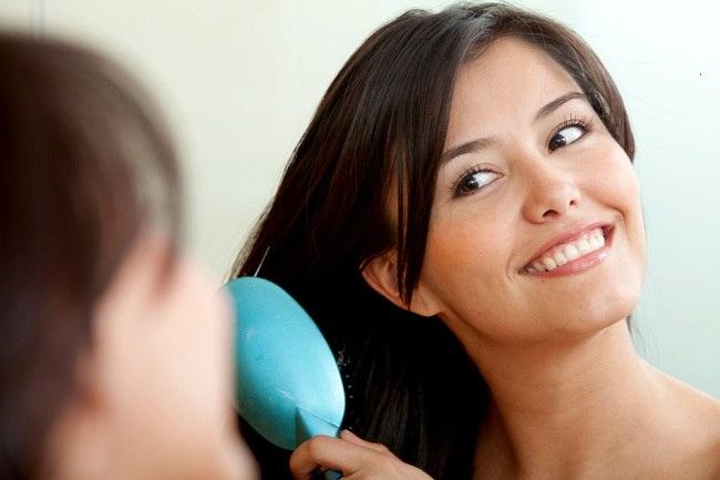 Lima Kebiasaan yang Dapat Merusak Rambut - Alodokter