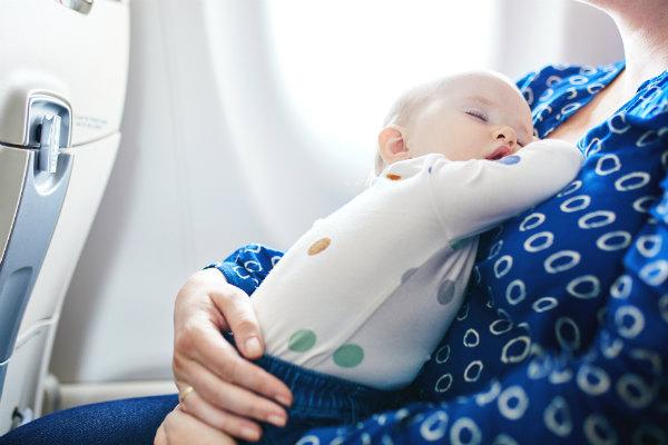 1925 เทคนิคดูแลเด็กทารกบนเครื่องบิน rs