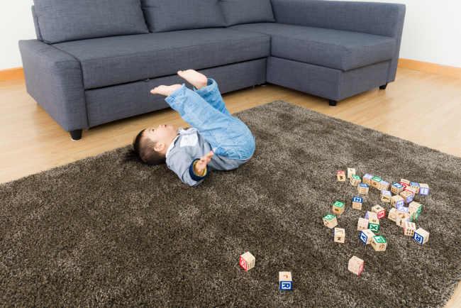 Bentuk-bentuk Keisengan pada Perkembangan Anak 1 Tahun - Alodokter