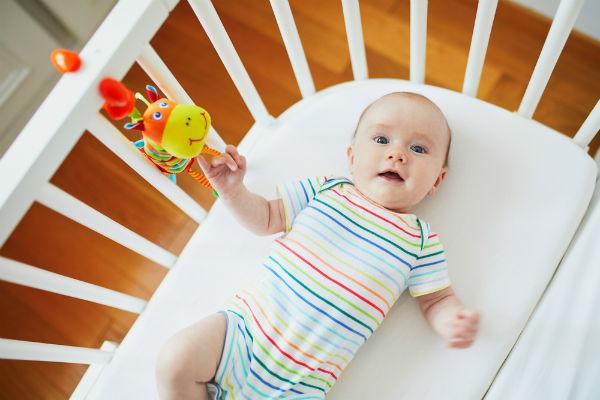 1981 เด็กทารกอายุ 2 เดือน rs