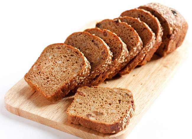 Alasan Mengonsumsi Roti Gandum dan Tips Memilihnya