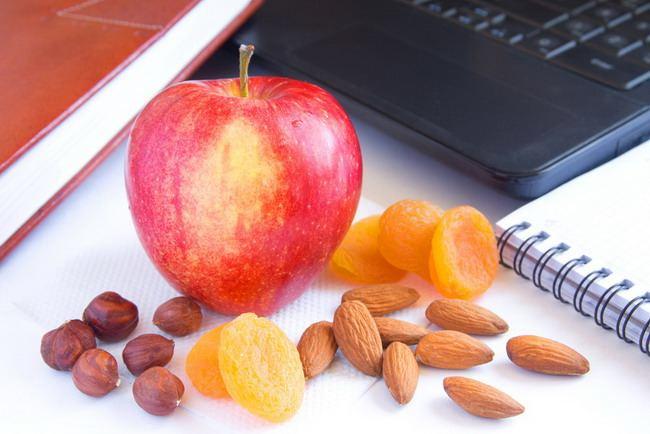 12 Ide Makanan Ringan yang Tidak Bikin Gemuk