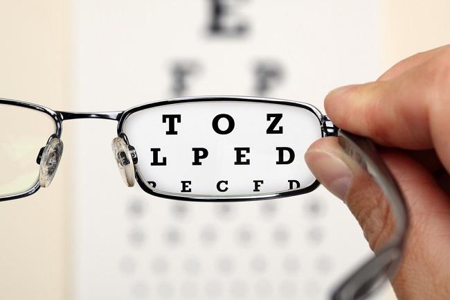 snellen chart eye glasses