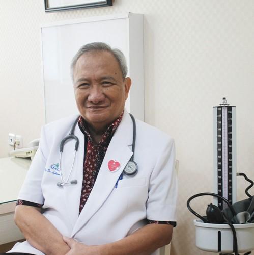 Prof. dr. Lukman Hakim Makmun, Sp.PD-KKV, Sp.JP
