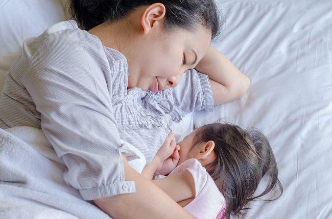 Makanan Ibu Menyusui Agar Bayi Gemuk Hanyalah Mitos - Alodokter