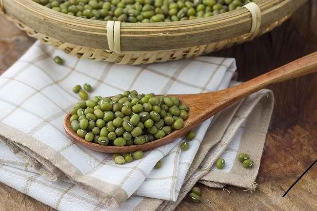 Kenali Nutrisi dan Manfaat Kacang Hijau untuk Ibu Hamil
