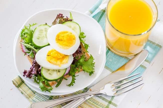 7 Makanan Sehat untuk Ibu Menyusui
