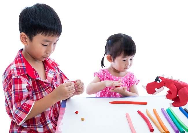 Perhatikan Hal Ini Sebelum Memilih Daycare untuk Bayi dan Anak - Alodokter