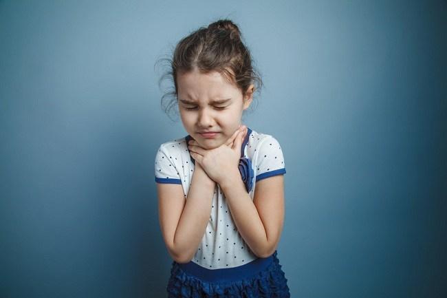 Kapan Diperlukan Operasi Amandel Pada Anak? - Alodokter