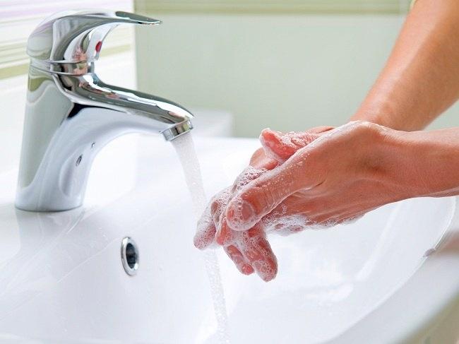 Penyebab Penyakit Cacingan dan Cara Mencegahnya - Alodokter