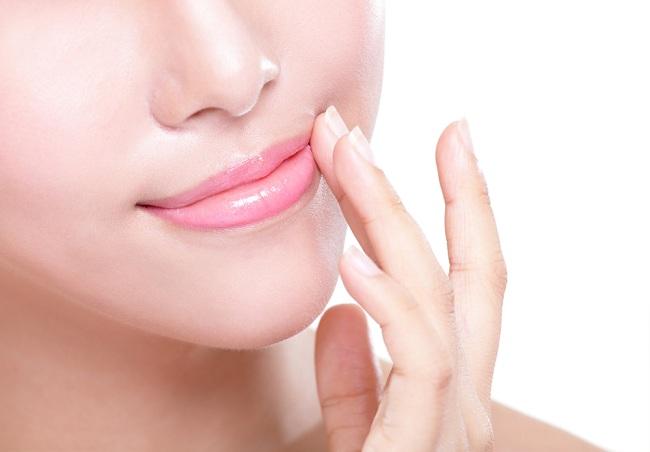 Cara Menghilangkan Bibir Hitam Agar Makin Percaya Diri