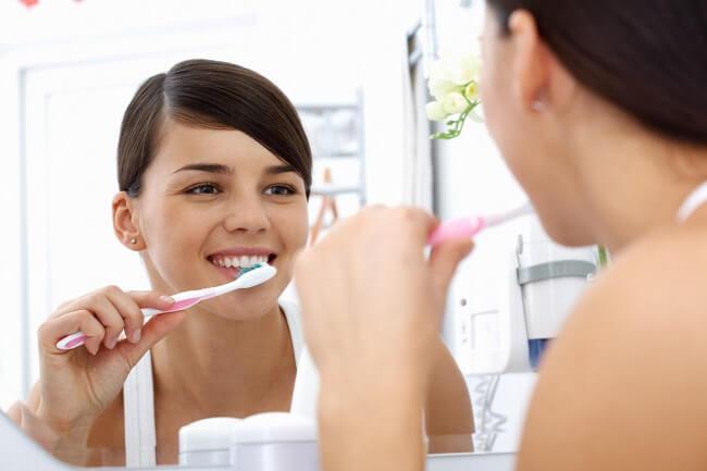 Hati-Hati, Bumil Lebih Berisiko Mengalami Sakit Gigi dan Gusi