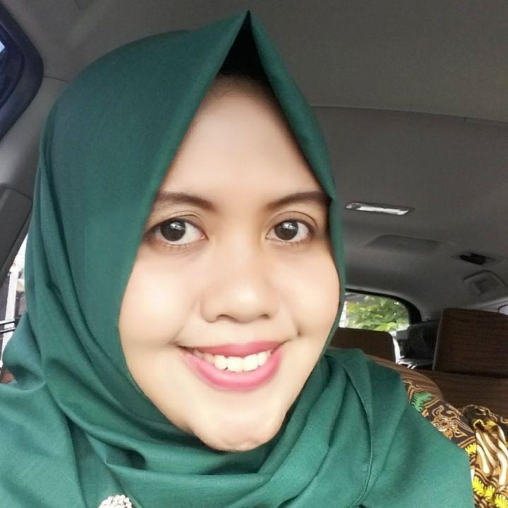 dr. Ika Fatimah Damayanti, M.Sc, Sp.KK