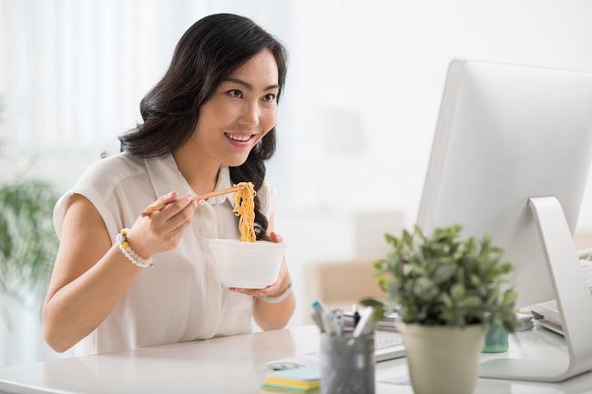 can pregnant women eat instant noodles